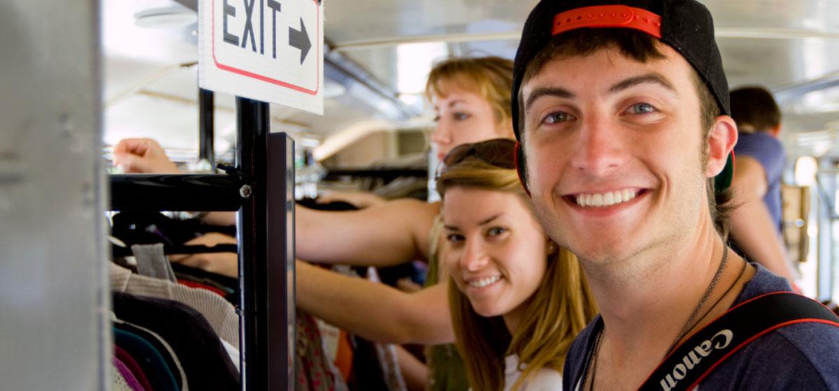 custom college tour